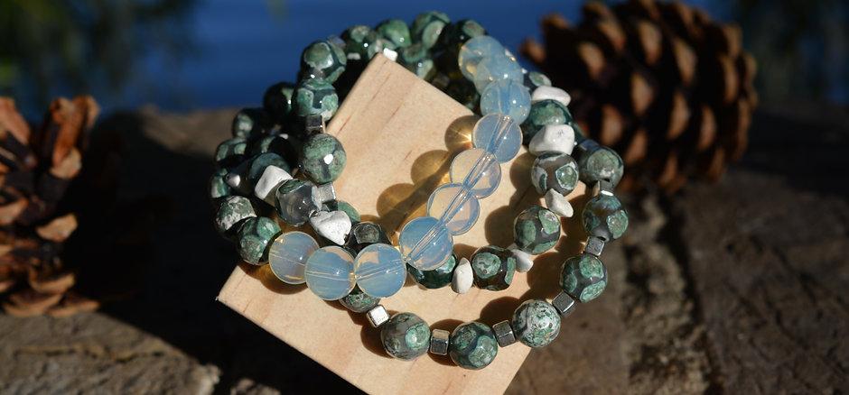 Agate & Moonstone & Howlite Bracelet Stack