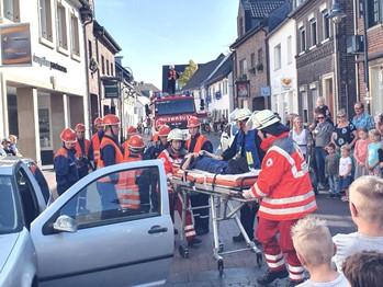Jugendfeuerwehr Meerbusch Dorffest Übung