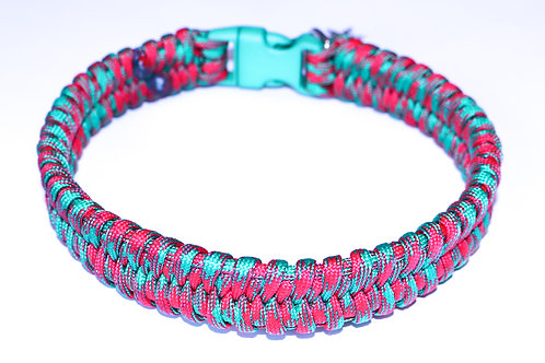 "Paracord Collar - Red & Green - Neck Size 13.5"" / 1"" Wide"