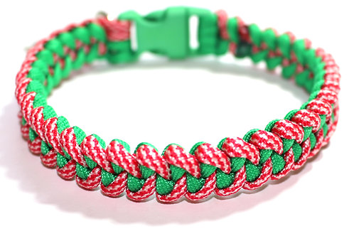 """Paracord Collar - Candystripe - Neck Sizes 11"""" & 12"""""""