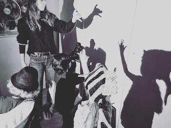Théâtre, photographie et vidéo pour les 7-12 ans.