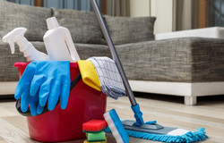 Cleaning%20service.%20Bucket%20with%20sp