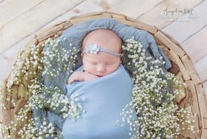 #newbornphotography#medwayphotographer#baby#photography#rochester#kentchildrensphotographer#blackandwhite#forgetmeknotphotography#photo#newbornboy#professionalbabyphotographer