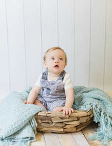 #photography #sittersession #newbornphotographer #newborn #medway #kent #childrensphotography #UK #londonphotographer #babyboy #lightandairy #lightandairyphotography #naturallightstudio #cute #bowlpose #driftwood #nautical #duckeggblue #photographer #edits