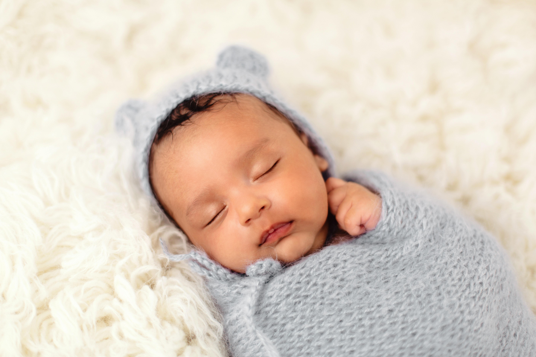 Newborn Session (Deposit)