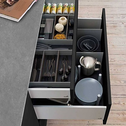 drawer%20system_edited.jpg