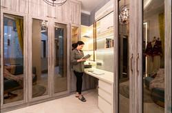 Luxury veneer wardrobe in Shalimar bagh with tinted glass