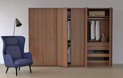 Three column wardrobe