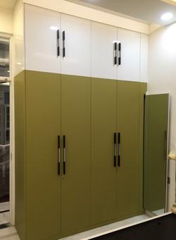 Mustard Green Pearl wardrobe