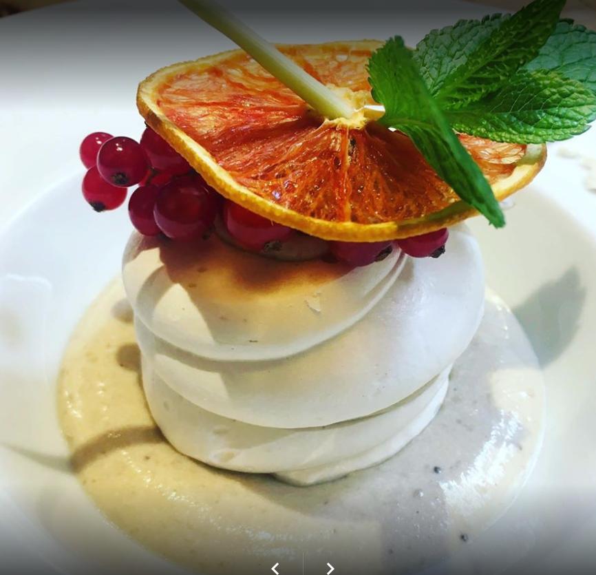 La meringa sucrema di castagne del Ristorante La Piazzetta di Verona
