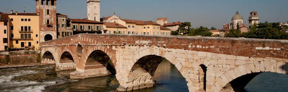Ponte-pietra | Italia | Osteria Caffè Monte Baldo