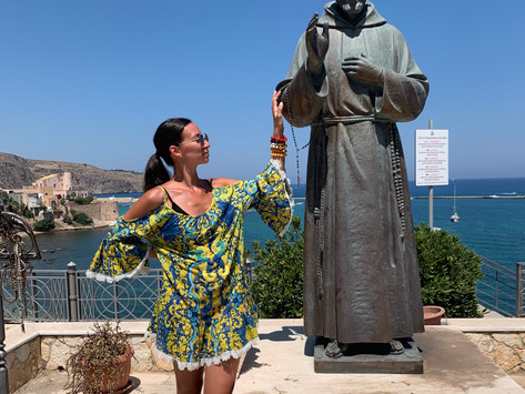 Padre Pio in Piazza Petrolo