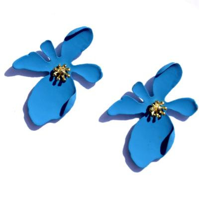Daizy Blue Flower Shaped Stud