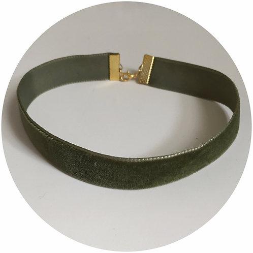 Pistachio Green Velvet Choker