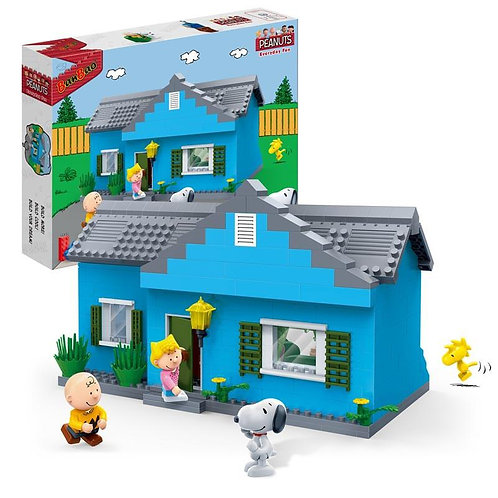 Snoopy Charlie Brown House