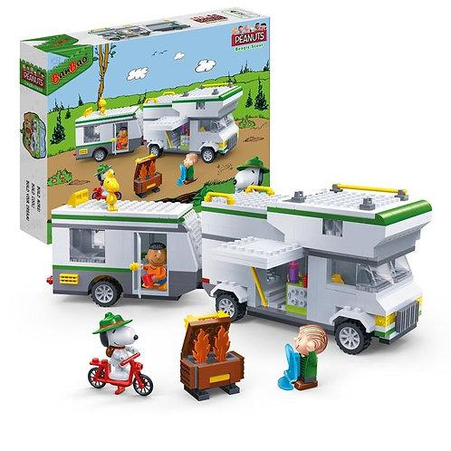 Snoopy Camper Caravan