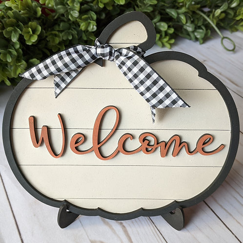Small Pumpkin Welcome Sign