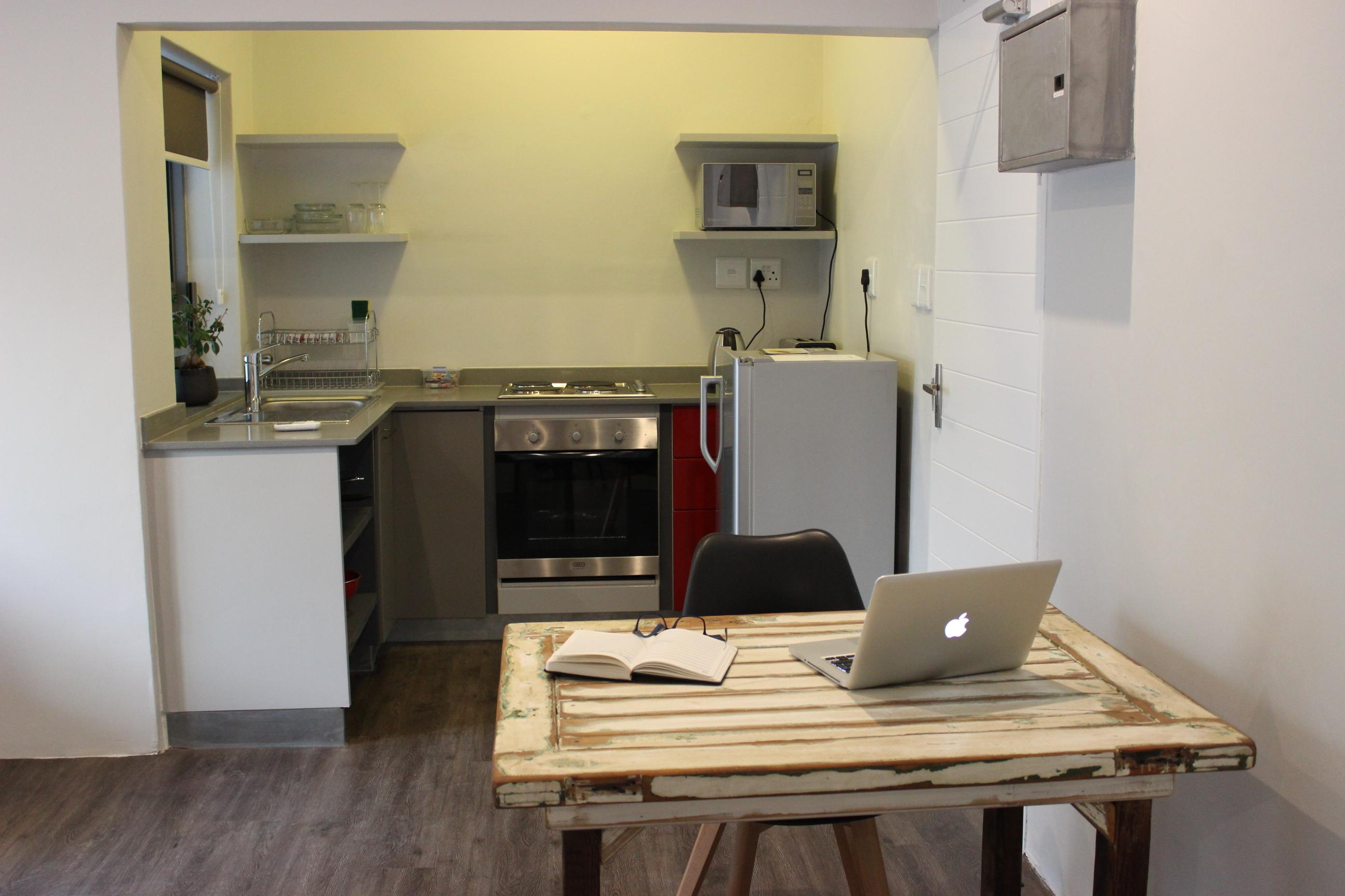 Zeederberg Corner, Modern Clean