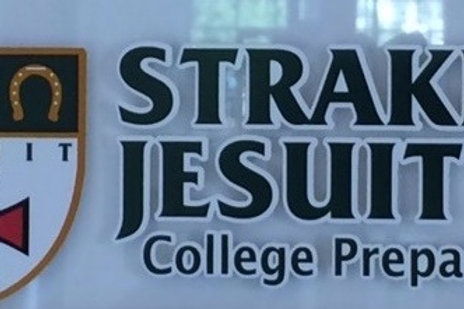 Strake Jesuit decal