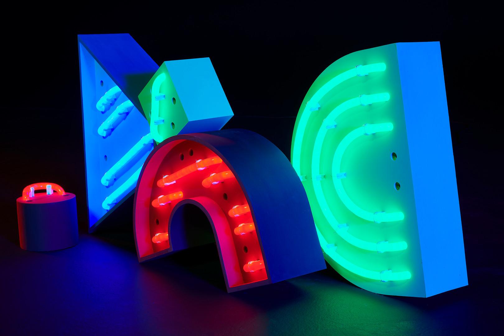 RGB-2019-Variable-wood,led neon,paint.jp