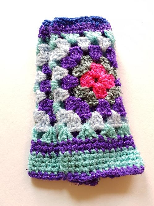 Linda Attwell - Crochet Gloves