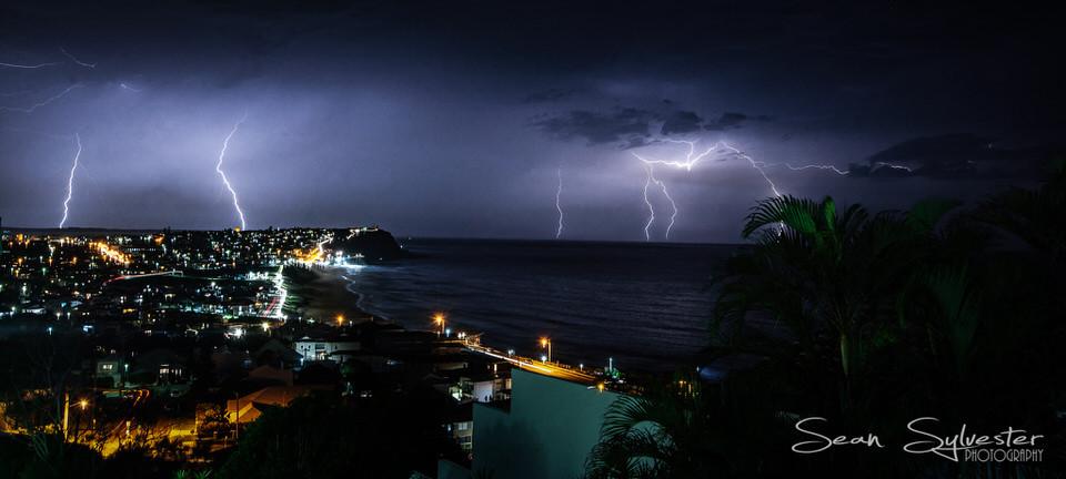 Newcastle Lightning Show