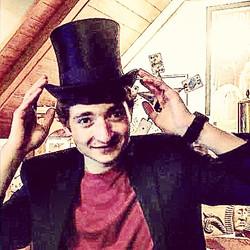 Houdini's top hat