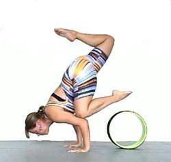 Yoga Wheel - Elaine Lilli
