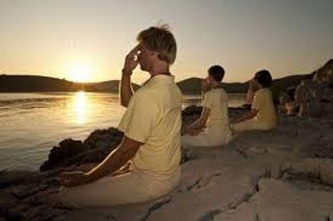 Pranayama - Satya Yoga. aulas de yoga , formação de professores de yoga, yoga butatnã