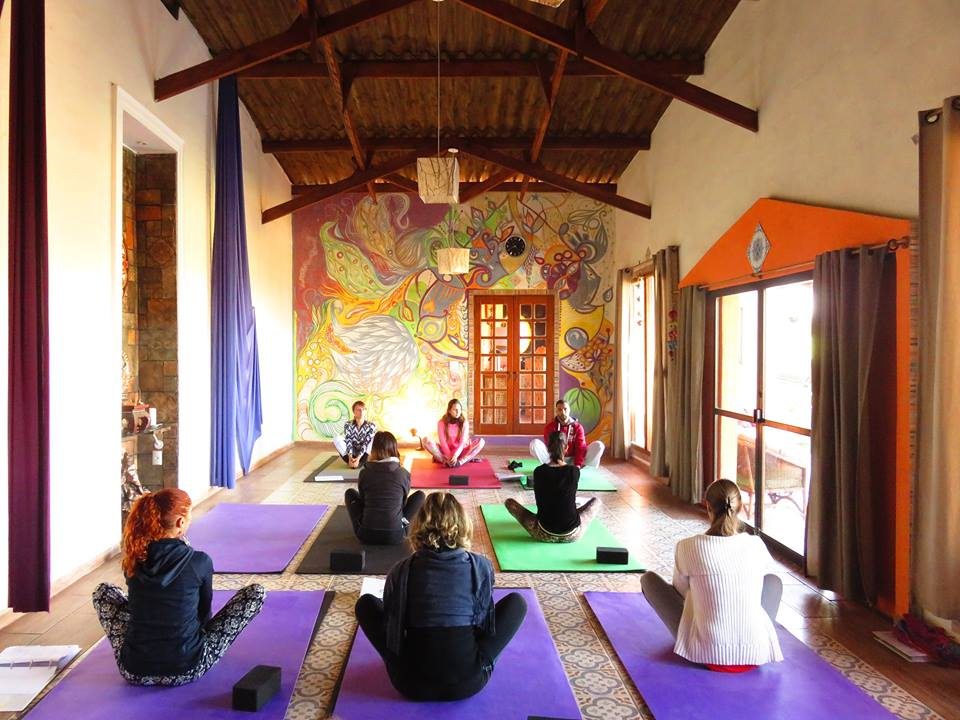 satya yoga - asana 1