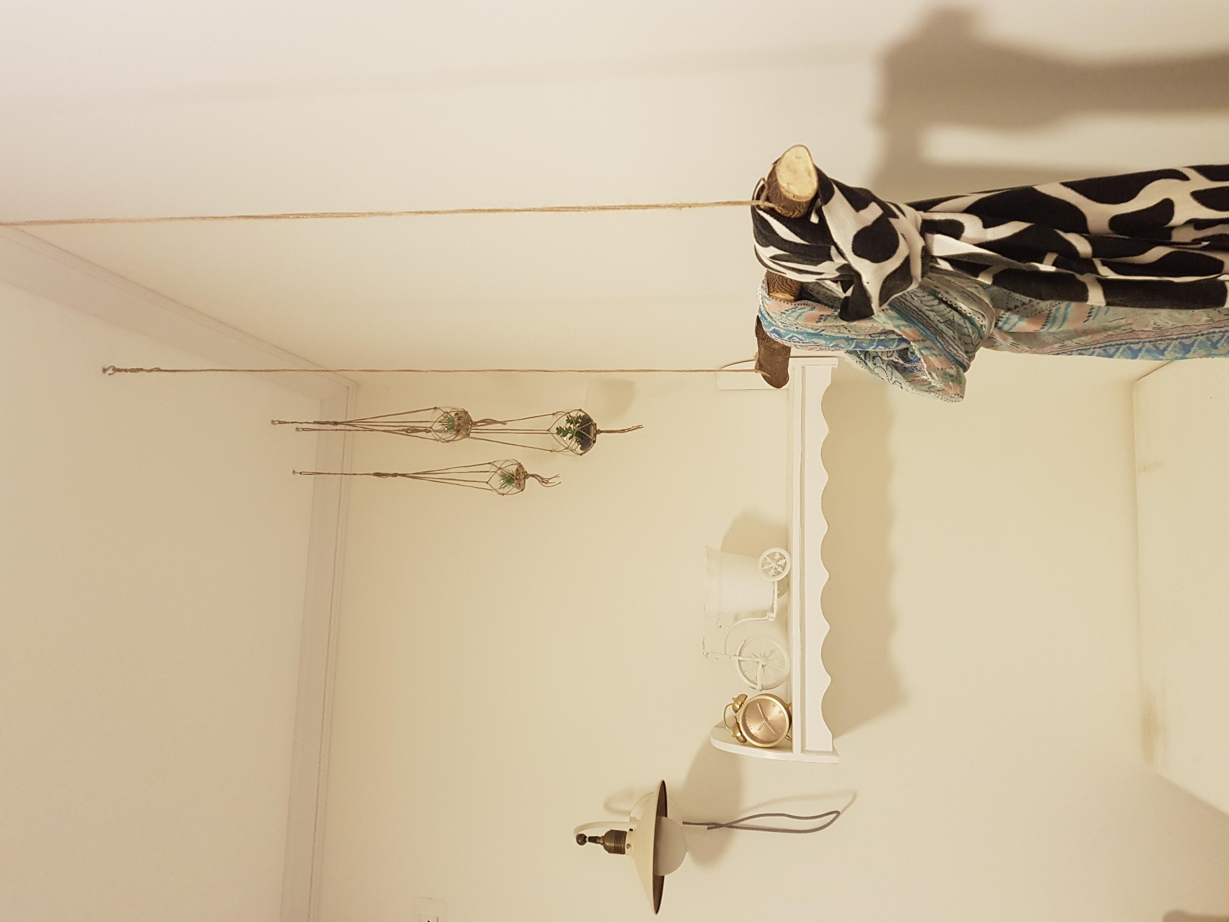 חדר שינה נערה