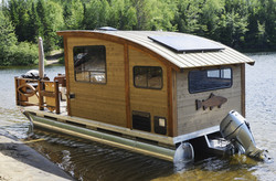 exterior_houseboat_stern