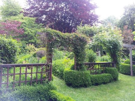 Edna Walling's garden