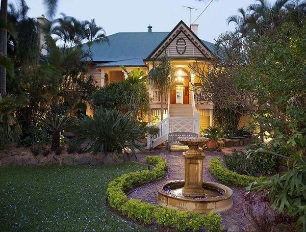 Image1 388 Bowen Terrace.jpg