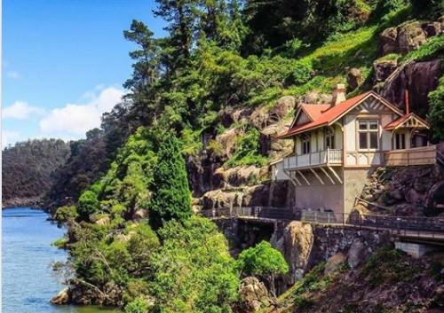 Kings Bridge Cottage
