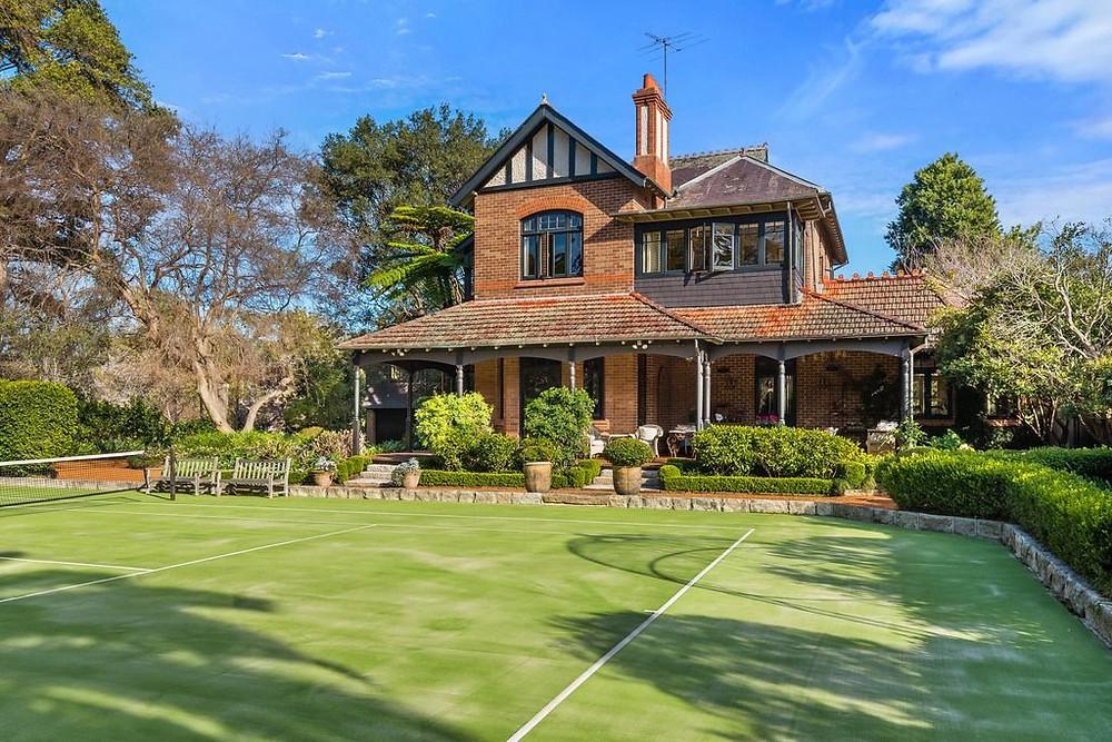 Malto Ende, 32 Grosvenor Street, Wahroonga NSW 2076