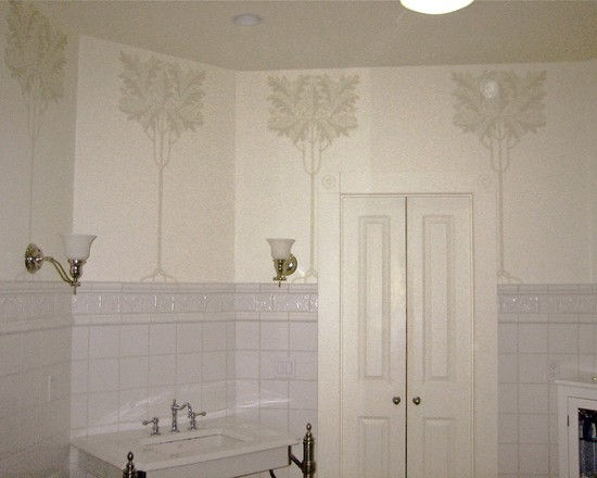traditional victorian bathroom