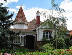Essendon Architecture