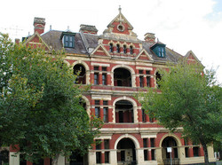 Queens Bess Row - East Melbourne