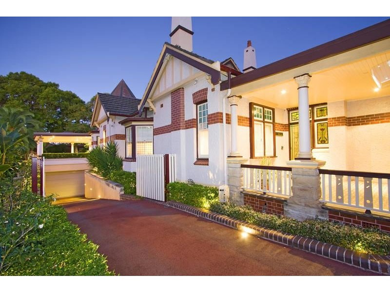 'St Ellero' 5 Appian Way Burwood NSW