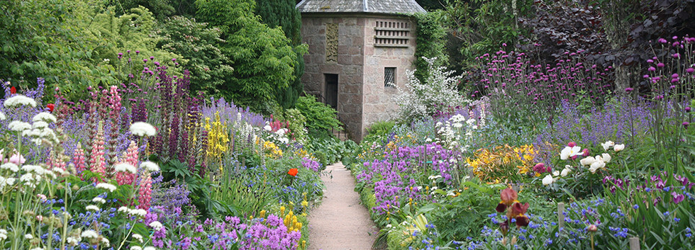 Gertrude-Jekyll-Garden.jpg