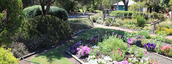 dinglydell-cottage-garden-hero.jpg