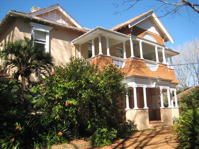 31 Ku-Ring-Gai Avenue, Turramurra NSW