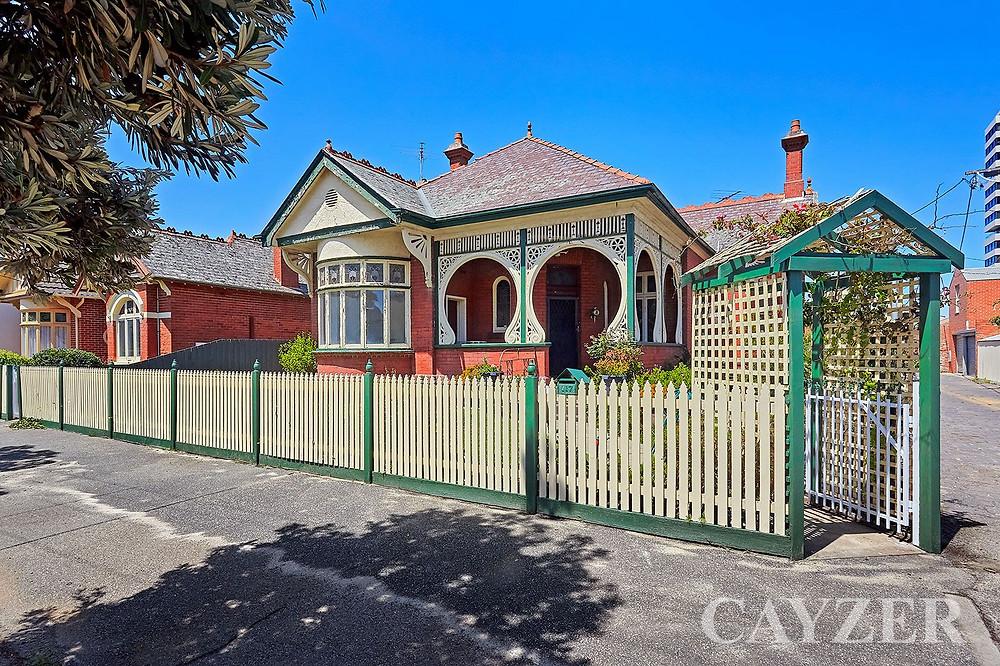 Art Nouveau home needs renovation
