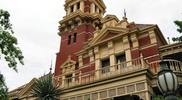 Illawarra in Toorak by Dean-Melbourne.jpg