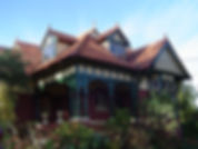 800px-Queen_Anne_style_house_in_Ivanhoe,