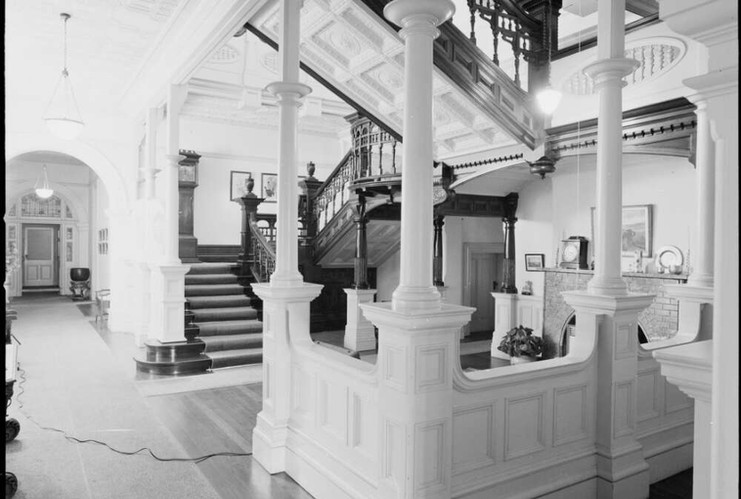 Lower stair-hall to hallway at Belltrees