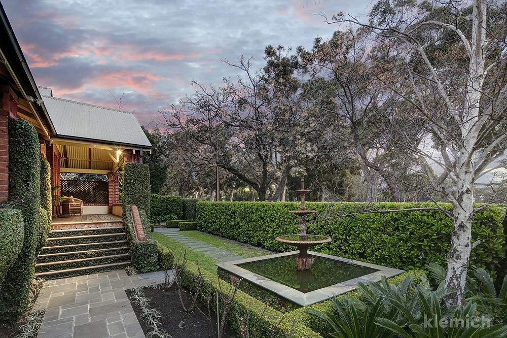 Front garden of 38 East Terrace, Kensington Gardens SA 5068