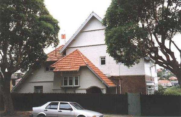 House 17 Calypso Avenue Mosman 2060102b1