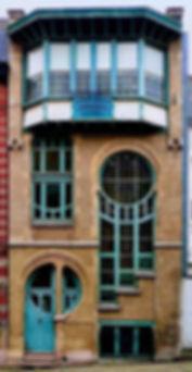 Art Nouveau entrance 6 Rue du Lac den Ha